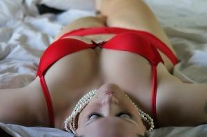 girl-in red bikini